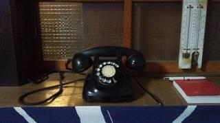 黒電話.jpg